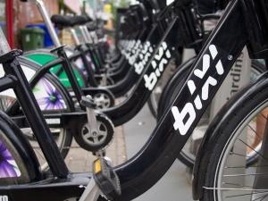 Bixi bike stand in Toronto, Canada, Photo by bikeben.com