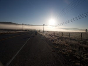 A chilly morning - riding towards Sierraville and onto Truckee and Tahoe (photo www.bikeben.com)